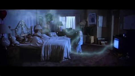 scary movie bedroom scene she went through my soul poltergeist 1982 so few