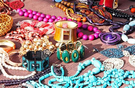 wardrobe accessories importance of accessories in your wardrobe beauty and