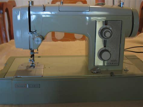 Green Sears Kenmore 158 17511 Model 1751 Sewing Machine