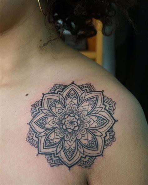 Mandala Tattoo Kaufen | mandala tattoo kaufen die 25 besten ideen zu mandala