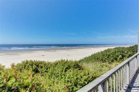 pet friendly cottages in cape cod cape cod cottages unit 10 2 bd vacation rental in