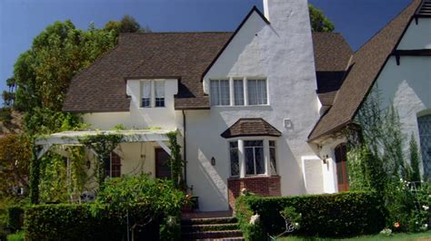 look at walt disney s family house in los feliz los