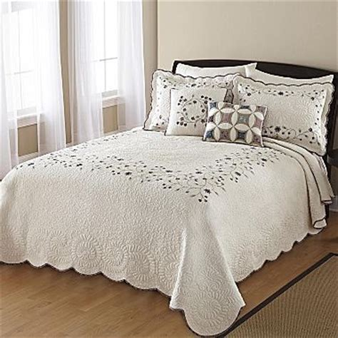 jcpenney bedspreads and comforters jcpenney king size bedding 28 images jc penney quilts