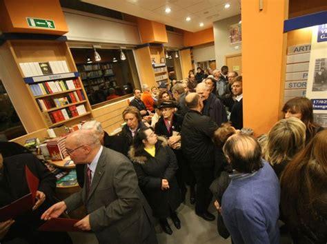 libreria ancora brescia chiude la libreria ancora fu inaugurata da papa