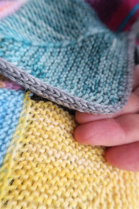 how to finish a knitted blanket scraps