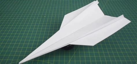 A Paper Jet - how to make a paper airplane that can fly far step by