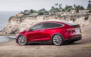 Tesla Hybrid Price Comparison Tesla Model X P100d 2017 Vs Volvo Xc60 T8