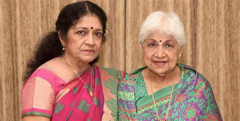 actress vaishnavi sowcar janaki meet yagna prabha a messiah for street dogs in chennai