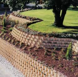 exemple d amenagement de jardin en pente