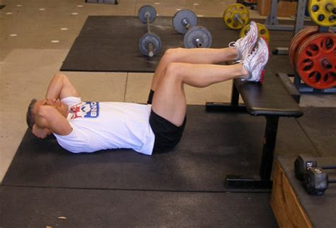 critical bench exercises twisting crunches abdominal exercise
