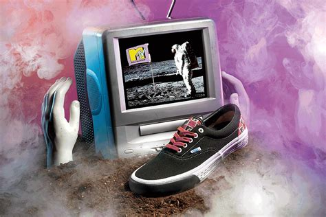 Top Ten Edition Original Merchandise Branded Am Records vans and mtv reunite for the return of an iconic sneaker