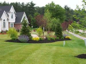 country driveway garden ideas end of driveway landscaping ideas hill landscaping pinterest