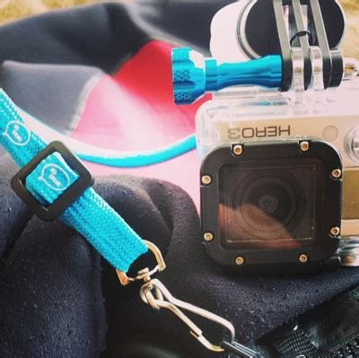 how to a to use a leash how to use your gopro mount