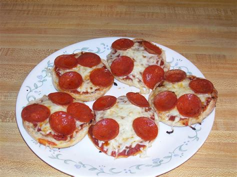 English Muffin Pizza Toaster Oven Rika Nishimura Portal 11 Rika Nishimura Portal 12 Rika