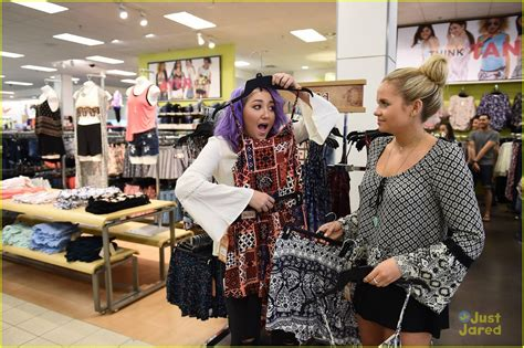 alli shops with purple haired noah cyrus see