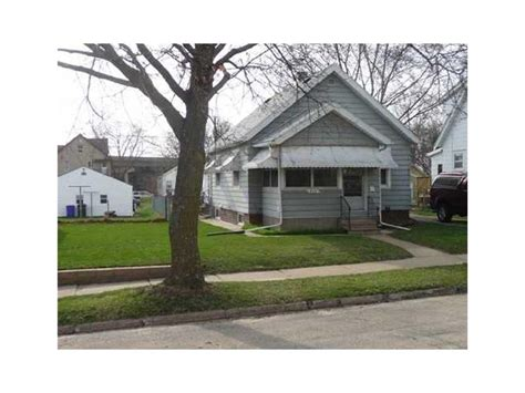 809 center point road ne cedar rapids ia for sale
