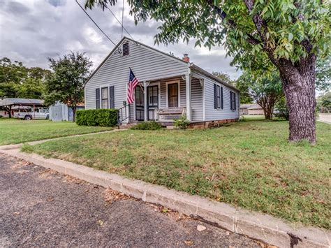 5 charming texas hill country towns charming dog friendly home with full kitchen easy access