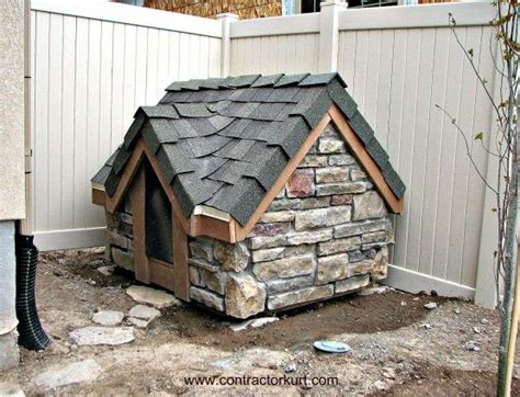 dog beds and houses best 25 custom dog houses ideas on pinterest custom dog kennel craftsman dog