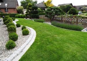 Vorgarten Gestalten Mit Kies Und Grasern Vorgartengestaltung Mit Steinen Und Grasern M 246 Belideen