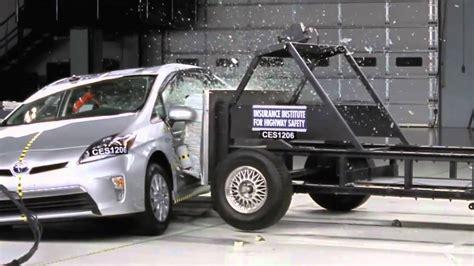 crash test si鑒e auto crash test 2012 toyota prius quot in quot side impact