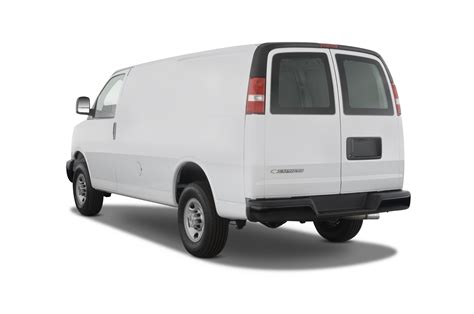 how does cars work 1999 chevrolet express 2500 security system 2015 chevrolet express reviews and rating motor trend