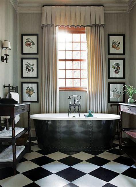 Bien Cuisine Melange Ancien Moderne #3: carrelage-damier-noir-et-blanc-sale-de-bain-style-vintage.jpg