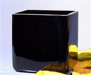 black square cubic vase h 14 cmthe artistic glass ltd
