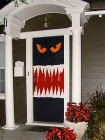 How To Decorate Your Door For Halloween Halloween Door Decor Ideas Landeelu Com