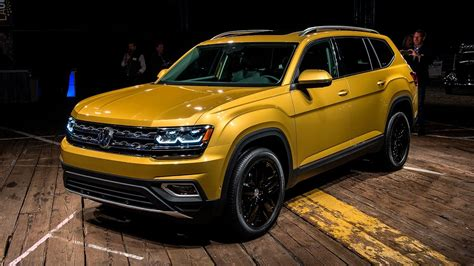 atlas volkswagen price 2018 volkswagen atlas unveiling vw atlas base price will
