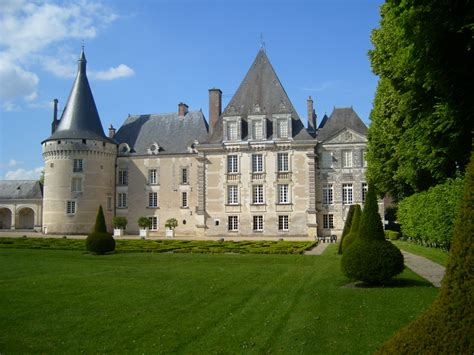your is my chateau books file chateau d azay le ferron facade jpg wikimedia commons