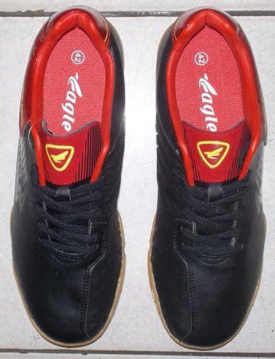 Sepatu Futsal Eagle Anfield toko jual sepatu futsal original murah unik hitam merah