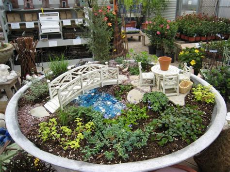 mini japanese garden awesome miniature japanese gardens that will amaze you