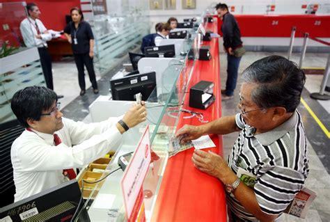 pago a jubilados q cobran mas de 5000 en el mes de enero2016 desde este viernes jubilados de ley 19990 cobrar 225 n