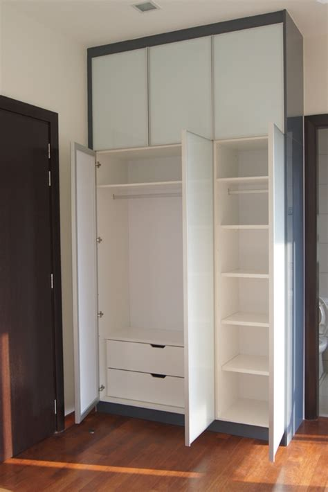 walk in closet door swing swing door wardrobe innova concept