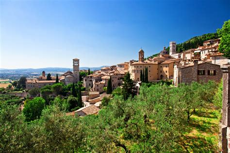in umbria umbria classic cycling from assisi self guided