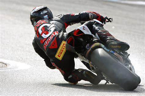 Motorrad Honda Siegen by Pirelli Fahrer Siegen In Der Idm 2014 Motorrad Sport