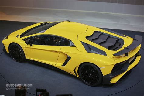 fastest lamborghini aventador lp 750 4 superveloce is the fastest production