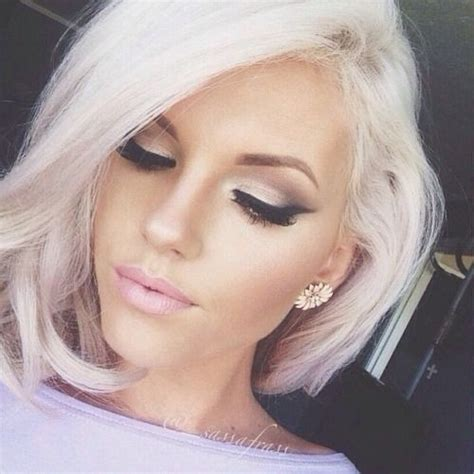great platinum haircuts short blonde hair and great makeup hairfashionmakeup