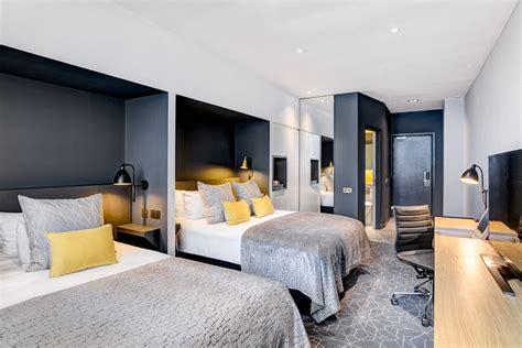 bath in bedroom hotel room attendant edinburgh apex hotels careers