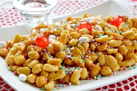 cucina struffoli napoletani struffoli al forno la ricetta della versione leggera dei