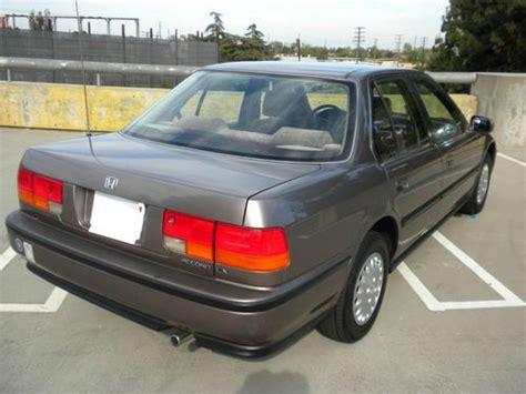 93 Honda Accord 2 Door by Sell Used 1993 Honda Accord Lx Sedan 4 Door 2 2l In
