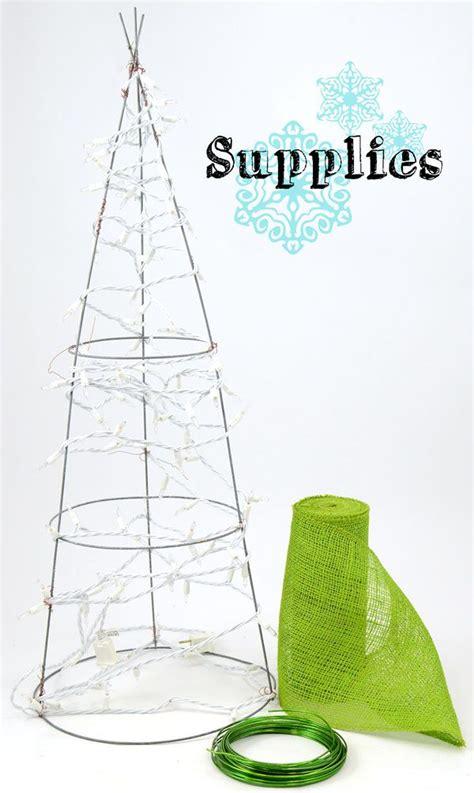 diy wire christmas tree craft diy holiday burlap tree