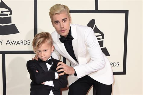 Justin And Together At The Grammys by 2016 Grammys Best Dressed Pairs On The Carpet