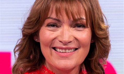 lorraine kelly 0004jpg lorraine kelly looks perfect in a fabulous fishtail skirt