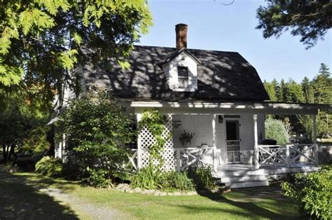 blackwoods cottage eclectic maine cottage vrbo