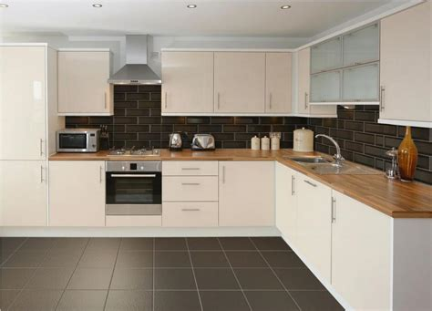 Cream Kitchen Tile Ideas by