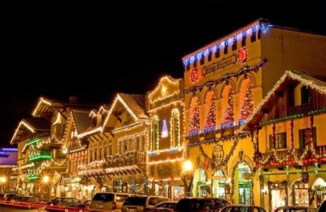 tree lighting leavenworth wa christmas pinterest