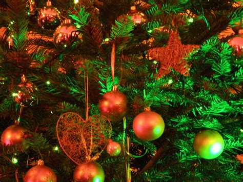 christmas tree 21 high resolution wallpaper