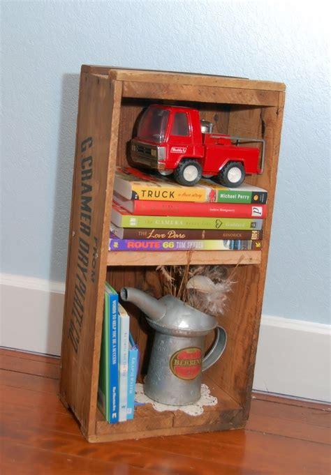 como decorar un salon con juguetes muebles reciclados hechos con cajas de frutas