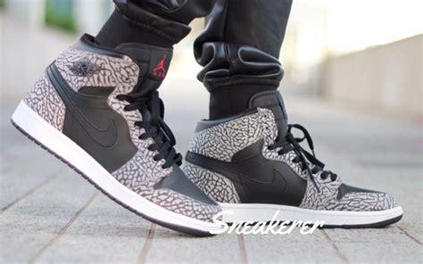 Nike Air 1 High White Un Aunthorized Sepatu Olahraga Pria elephant print 1